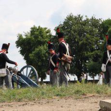 Champ de bataille avec soldats