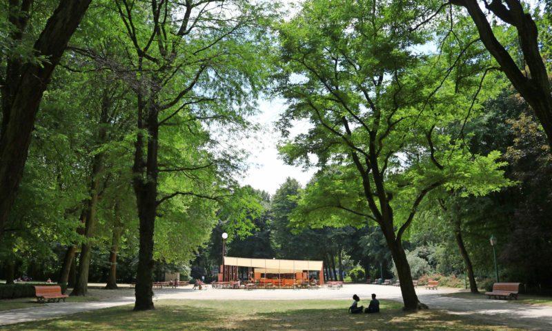 Parcs de Bruxelles : guinguette dans le parc du Cinquantenaire