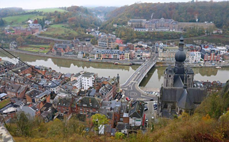 Dinant et la Meuse