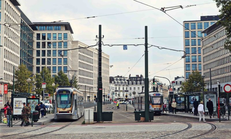 tramway priorité voiture