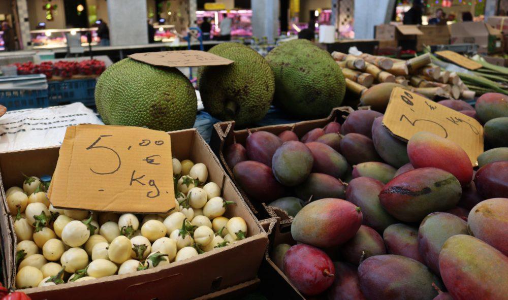 marché-abattoirs-Foodmet-Anderlecht-fruit-exotiques