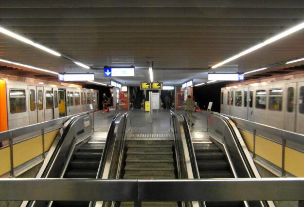 abonnement métro bus tram Bruxelles