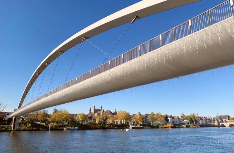 Pont moderne Maastricht