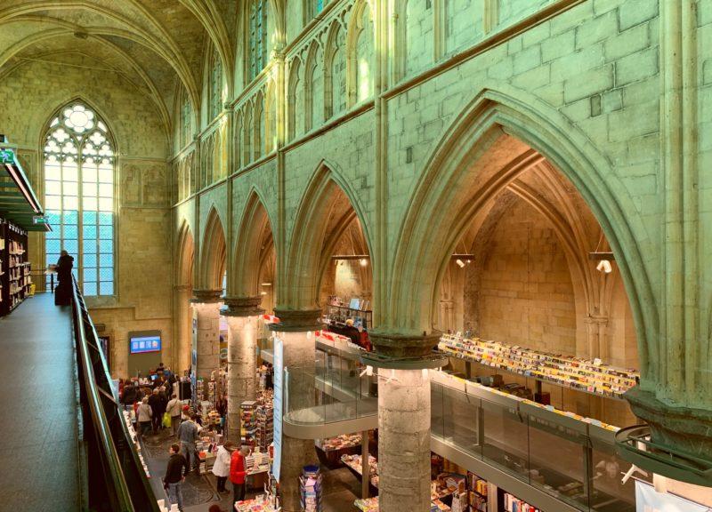 Visiter Maastricht Librairie église