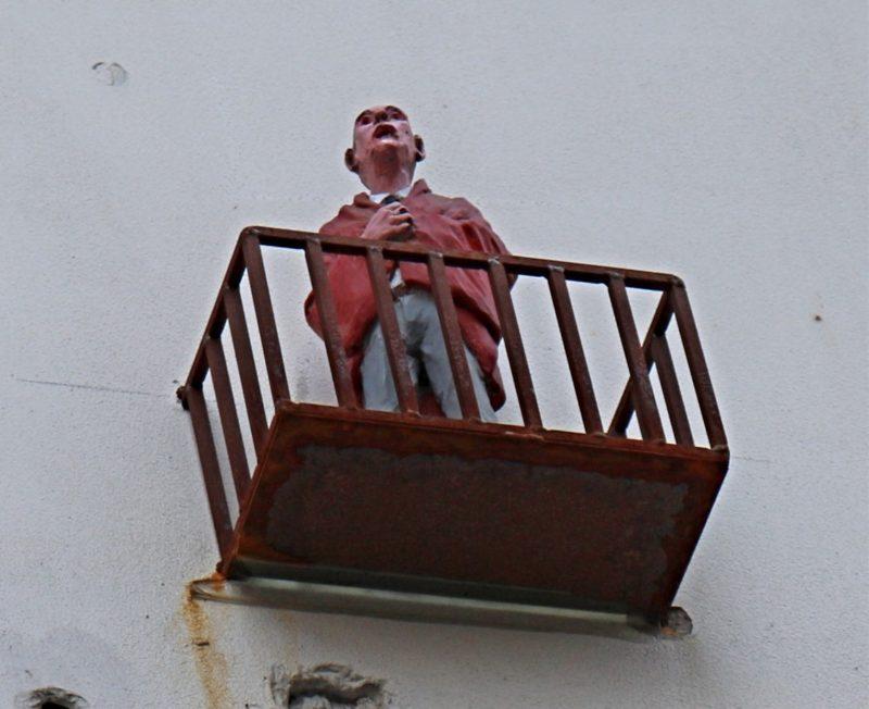 Isaac Cordal Bruxelles